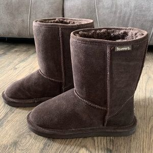 Bearpaw Elle short fur boots